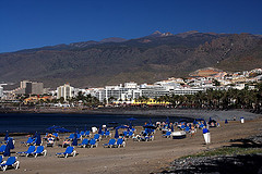 Playa de las Americas Teneriffa matkat source: http://www.flickr.com/photos/sjarvinen/2238984019/