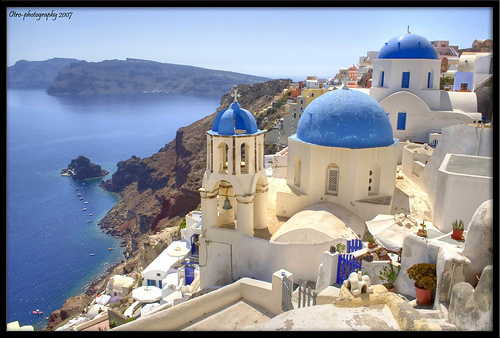 Santorini Kreikka matkat source: http://www.flickr.com/photos/fepigio/1314142738/