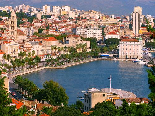 Split Kroatia Matkat Source: http://www.flickr.com/photos/tibballs/4871244937/